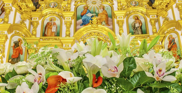 Свято-Михайловский Собор в Пасху